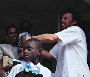 2006_Lidovky_příběh o Haiti a P_Musilovi